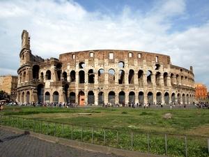 1920-02-Roman_Colosseum.jpg
