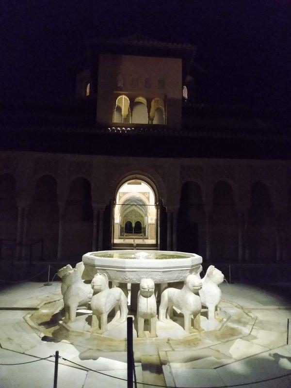 AlhambraAtNight3.jpg
