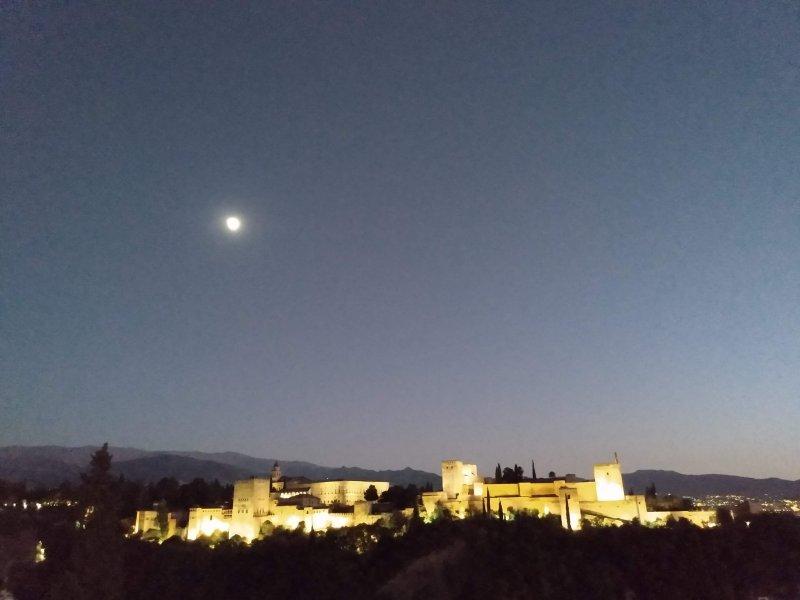 AlhambraNightMirador.jpg