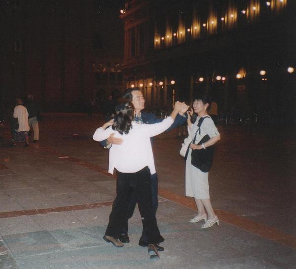 doru-2003-38041_Tan-go_alla_Piazza_San_Marco_1140.JPG