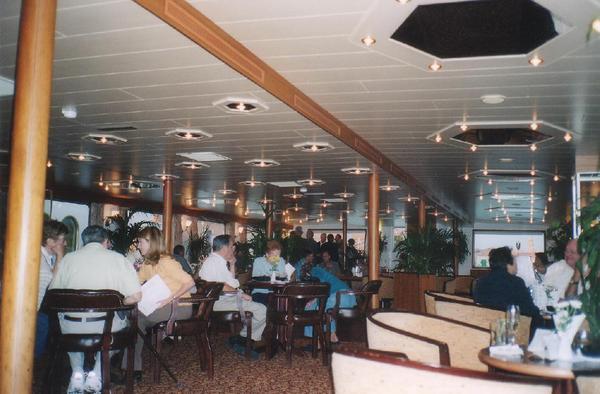 doru-2003_MS_Venezia-Lounge_1000.JPG