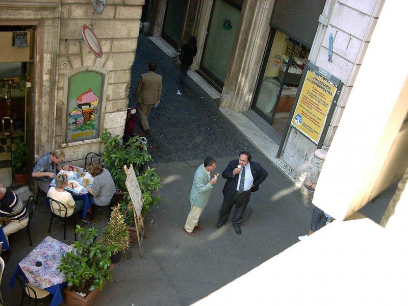 rome-vacation-rental-002807.jpg