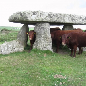 Lanyon Quoit, Cornwall - YouTube