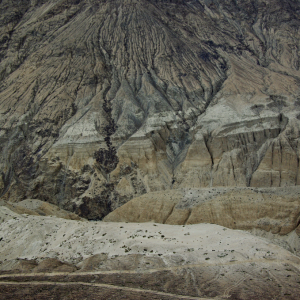 Gorge scenery after Khardung