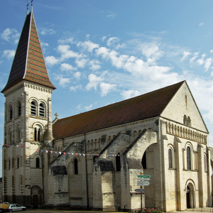 Preuilly-sur-Claise, Abbey of St-Pierre.png
