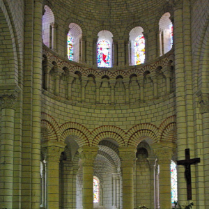 Preuilly-sur-Claise, Abbey of St-Pierre - chancel.png
