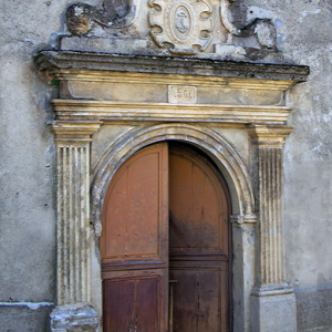 St-Parthem church - west door