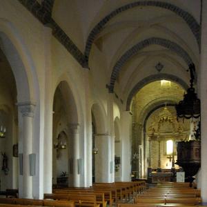 Montsalvy Abbey - nave