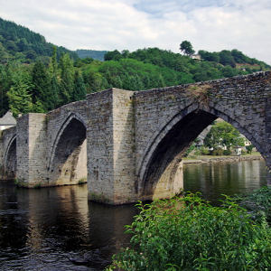 Entraygues-sur-Truyère - old bridge