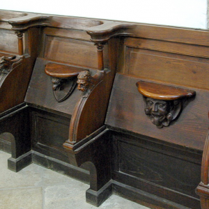Entraygues-sur-Truyère Abbey - choir stalls and misericords