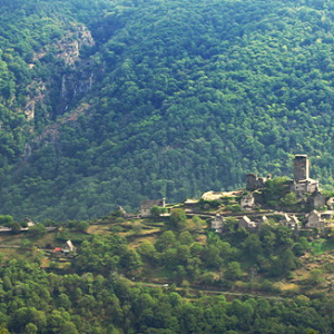 Château de Vallon from the belvedere at Rouens