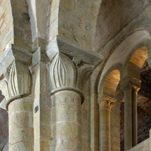 Conques, Abbey-Church of Saint-Foy - clerestory and capitals