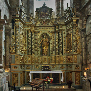 Conques, Abbey-Church of Saint-Foy - altar to St Foy