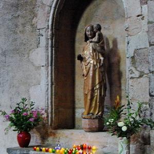Brioude, Basilique St-Julien - La Vierge a l'oiseau