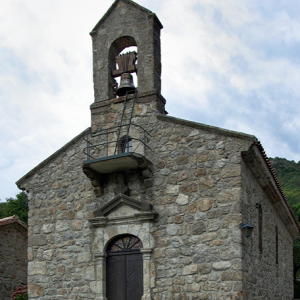 Péreyres, church