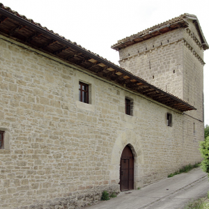 Zunzarren, fortified house