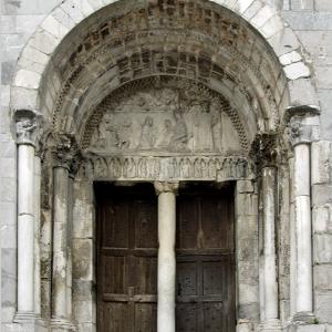 Cathédrale Notre-Dame de Saint-Bertrand-de-Comminges - west door