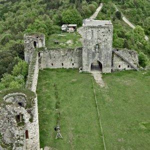 Château de Puivert  - bailey