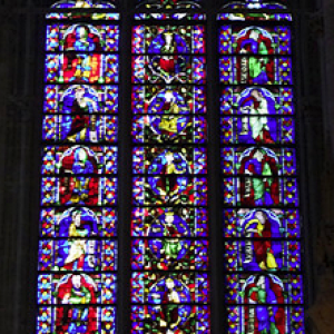 Carcassonne, Basilique St-Nazaire - stained glass