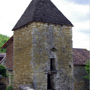 Saint-Amand-de-Coly - pigeon loft of old hospital