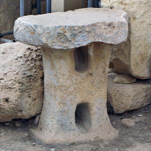 Hagar Qim - mushroom shaped 'altar'