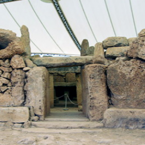 Mnajdra - entrance to western temple