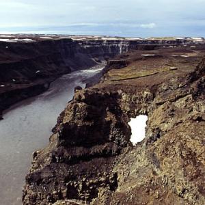 Below Hafragilsfoss