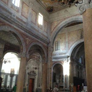 Ostuni chiesa interior 2.JPG
