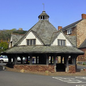 Yarn Market, Dunster