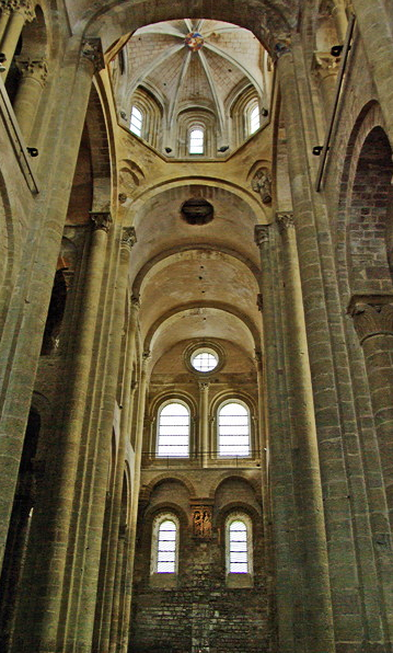 Conques, Abbey-Church of Saint-Foy - crossing