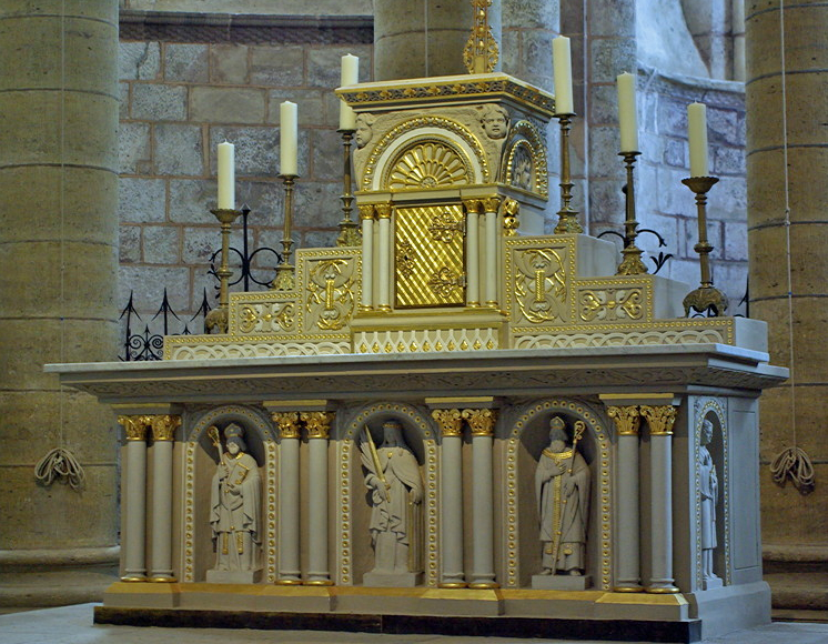 Conques, Abbey-Church of Saint-Foy - high altar