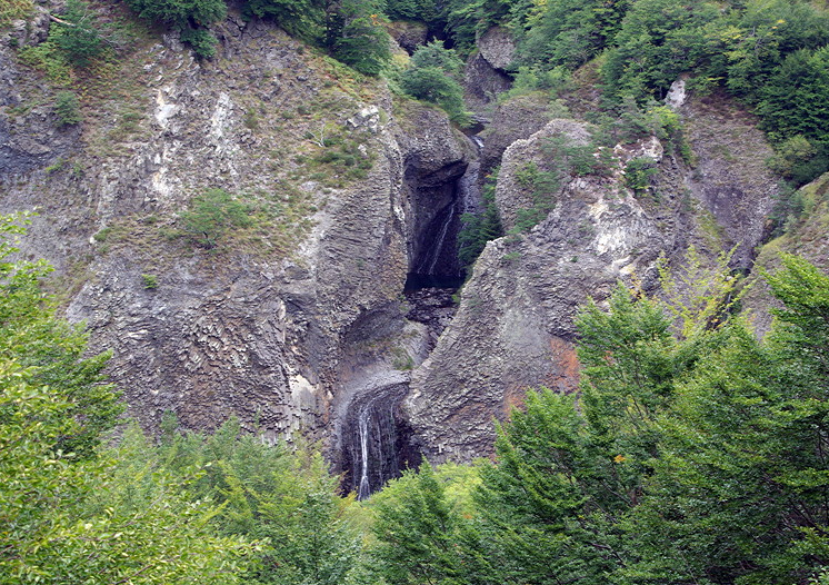Massif Central, River Bourges gorge