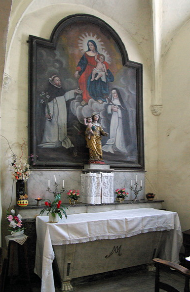 St-Parthem church - side altar