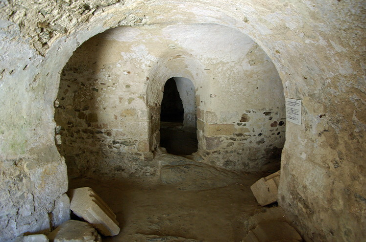 Uzerche, Abbey of St Peter - Crypt